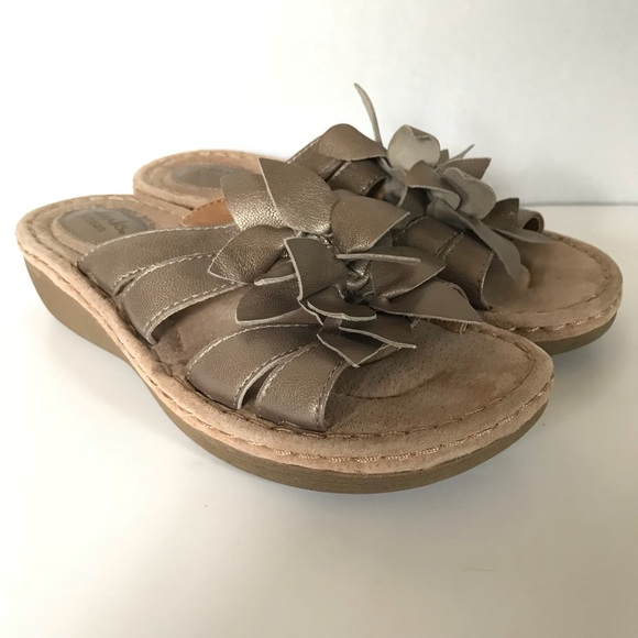 b64886123 Clarks Shoes - Clarks Artisan Amaya Lilly Slip on Low Heel Sandal